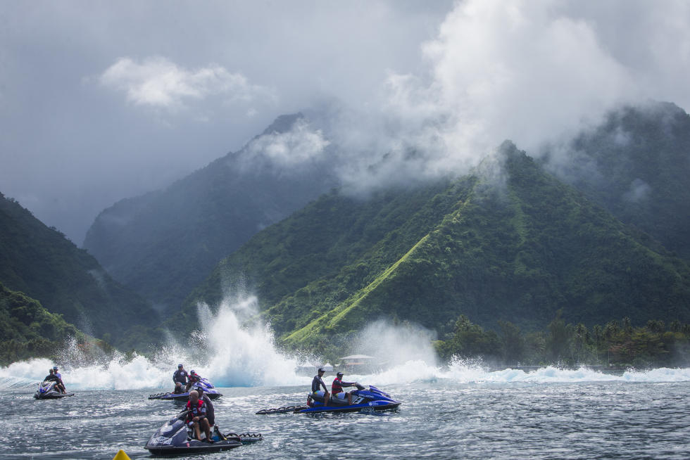 2 event site Teahupo o Billabong Pro Tahiti 2016 foto wsl Poullenot Aquashot
