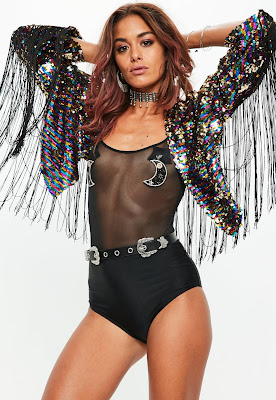 https://www.missguided.eu/black-sequin-fringe-festival-jacket-10093943