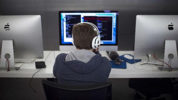 أفضل 8 لغات برمجة التي يجب عليك تعلمها في سنة 2016 للولوج لسوق الشغل,http://8-best-programming-languages-that-you-have-learned-in-the-years-2016-to-enter-the-job-market