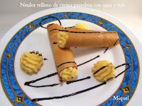 Neulot relleno de crema pastelera con nata y ron