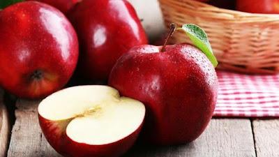 Consumir manzanas enteras puede resultar en pérdida de la conciencia e incluso puede ser fatal.