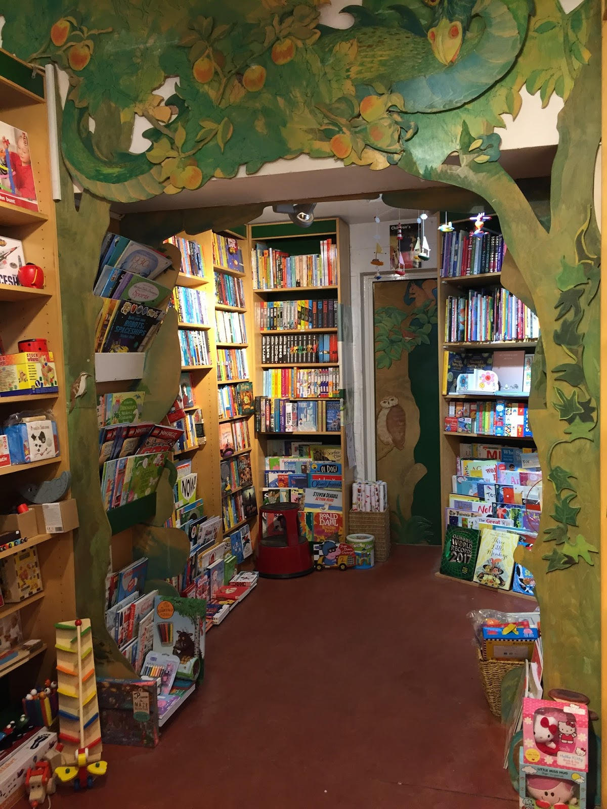 A happy turn of events - The bookshop around the corner