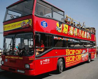 Risparmiare con gli Autobus Hop-on Hop-off per Girare in Città
