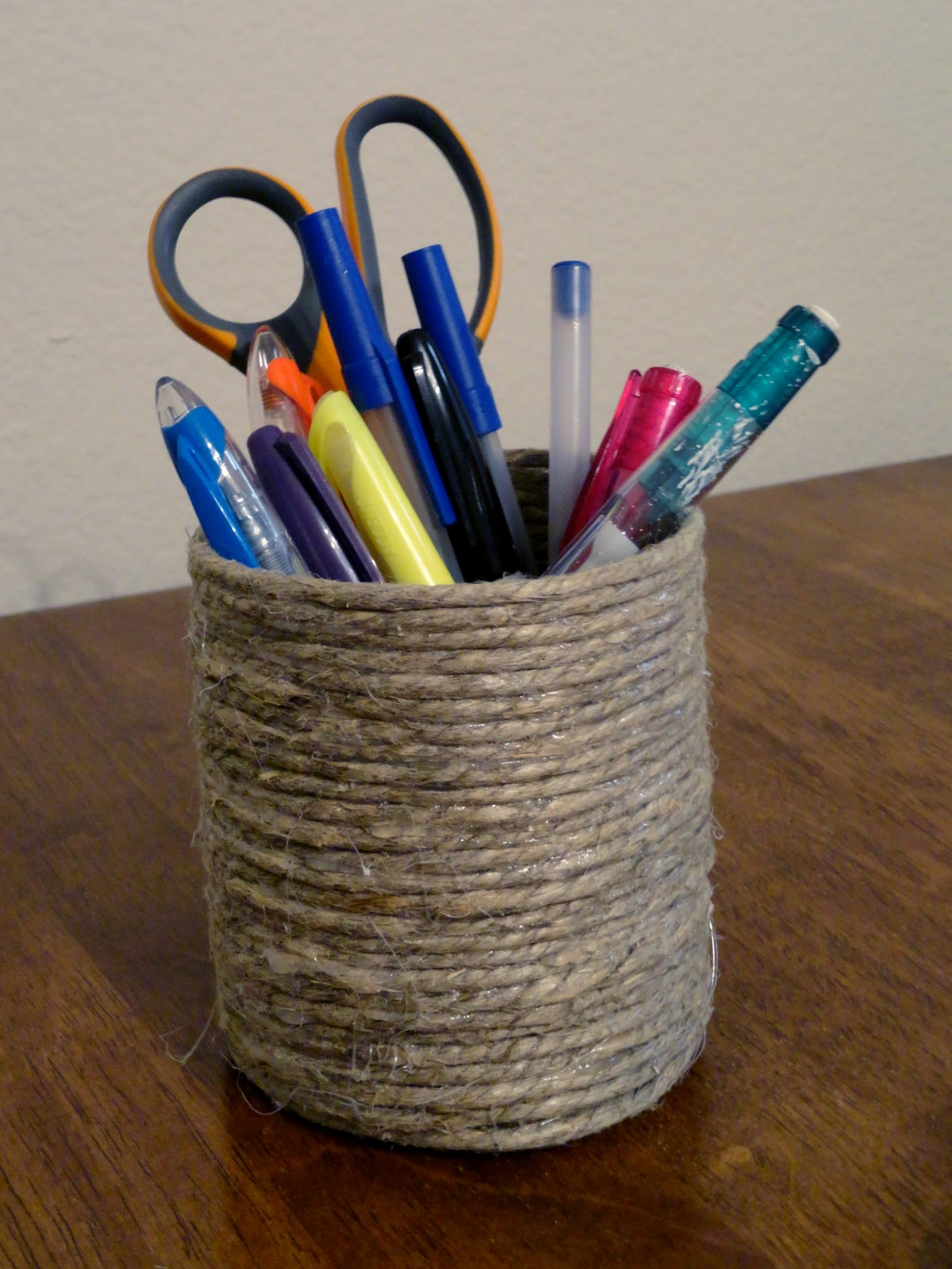 LET'S crEATe: Craft Tuesday: DIY Rope Pencil Holder