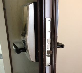 Dịch vụ sửa khóa cửa điện tử uy tín chất lượng tốt nhất