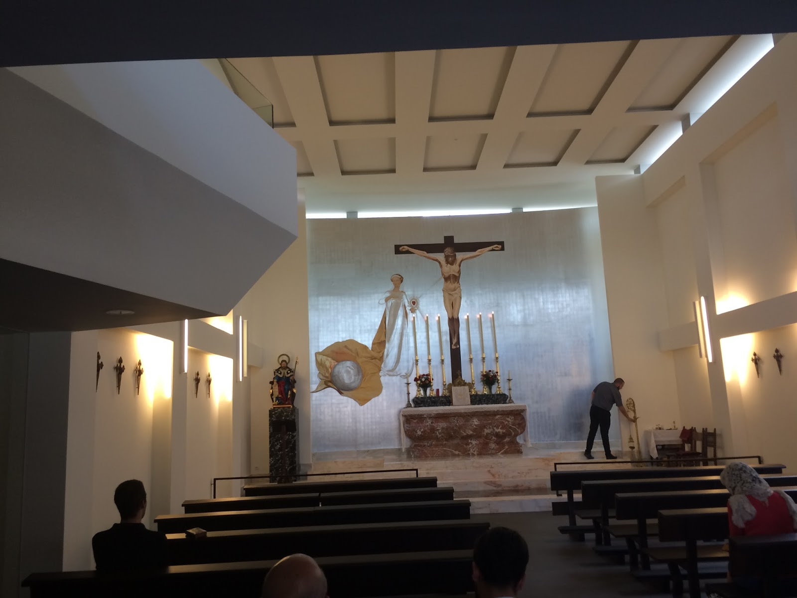Hideous New SSPX Church in Madrid! - page 1 - SSPX