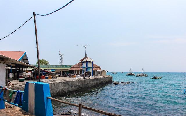 seafood dapur basisir gado bangkong