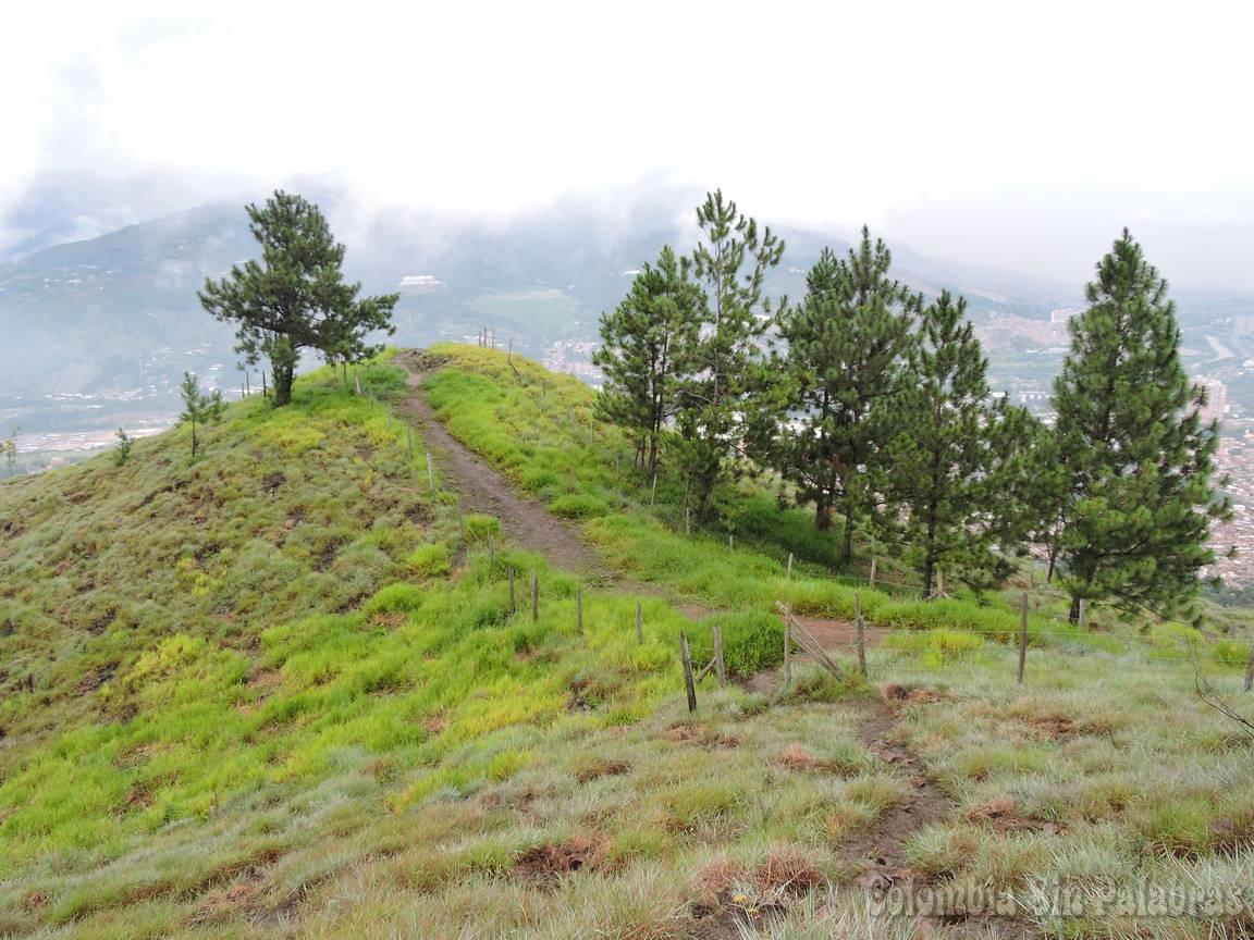 cerro quitasol con senderos para caminar