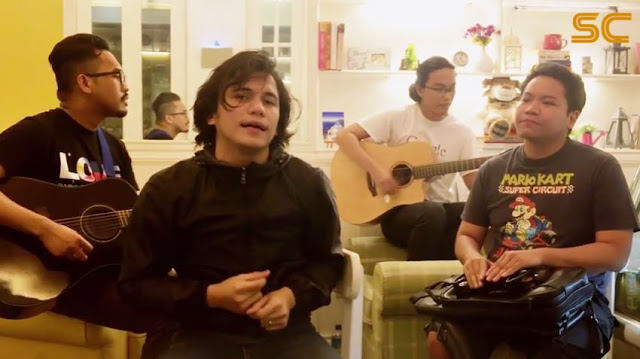 "Sponge Cola sings sweet Mother's Day ""harana"""