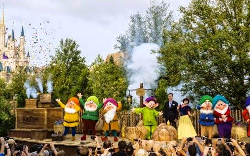 Trem dos sete anões no Disney Magic Kingdom em Orlando