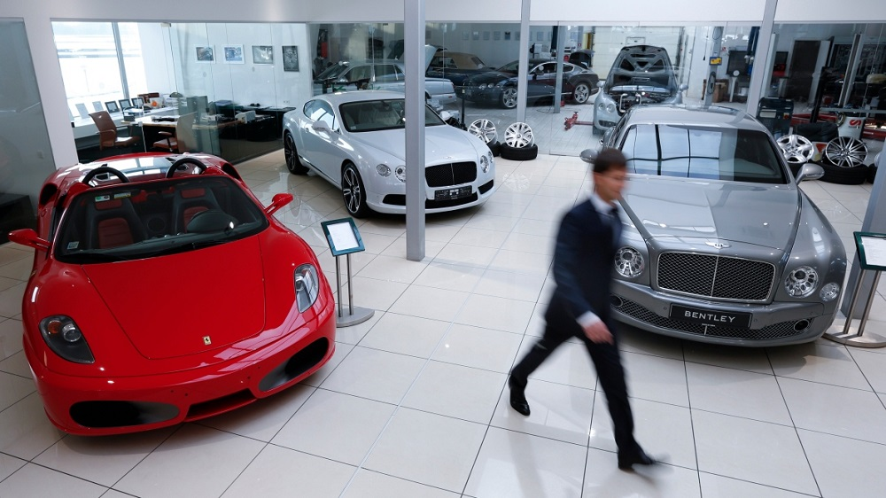 How vehicle dealers can thrive in the current economic market?