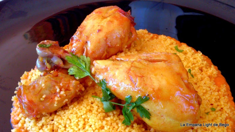 receta-de-jamoncitos-de-pollo-con-cous-cous-al-ras-el-hanout-salsa