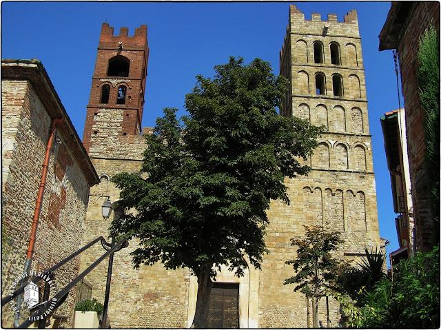 ELNE (66) - Cathédrale Sainte-Eulalie et Sainte-Julie