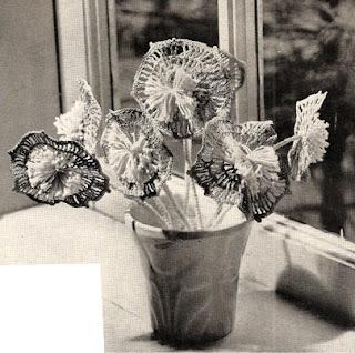 Crocheted Stemmed Flowers pattern, Vintage 1960s