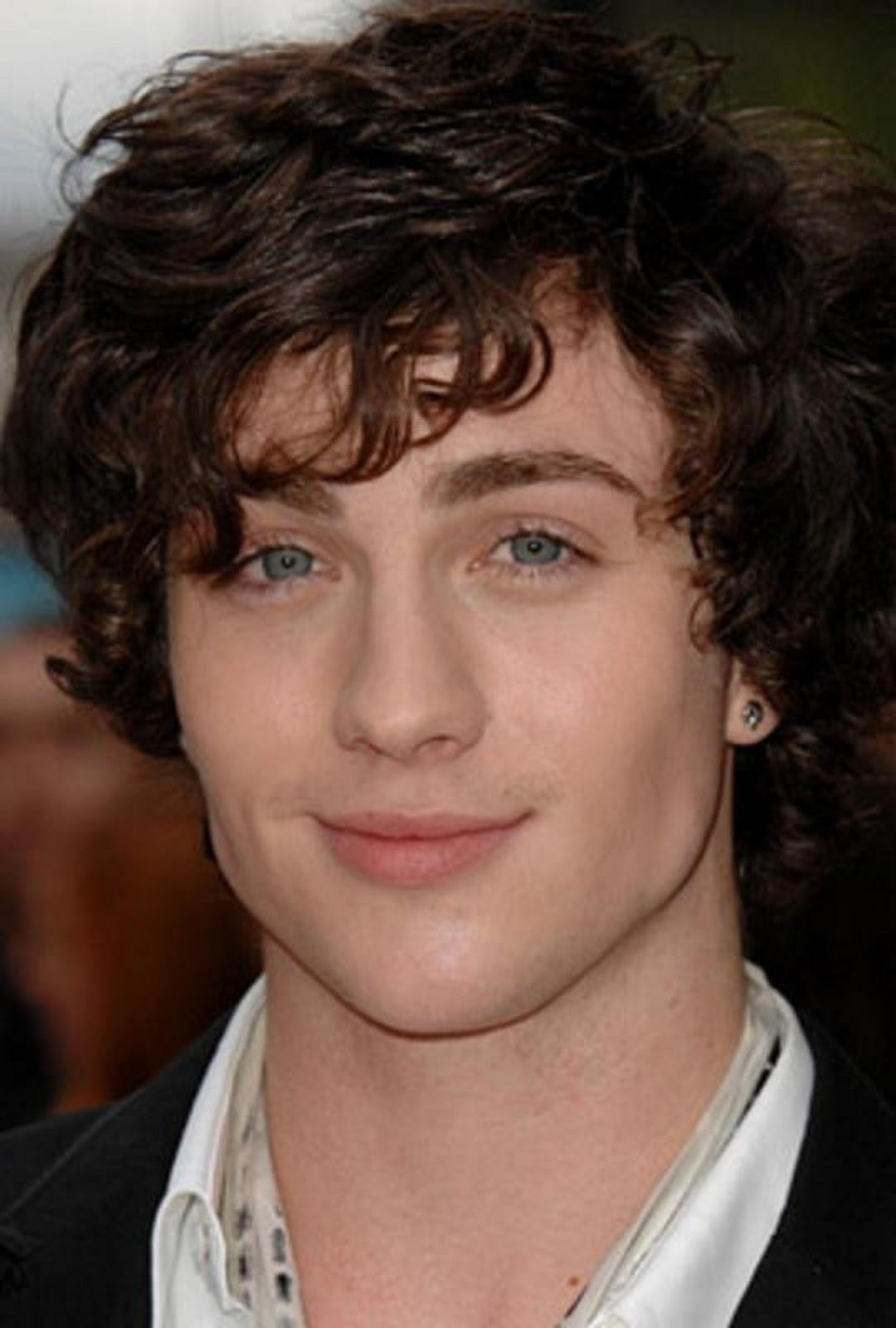 A New Life Hartz Aaron Johnson Hairstyles