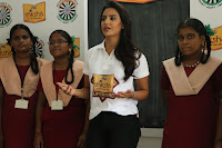 Actress Priya Anand in T Shirt with Students of Shiksha Movement Events 51.jpg
