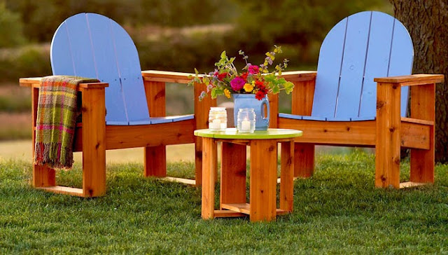 Adirondack-Inspired Chairs With Classic-looking Style