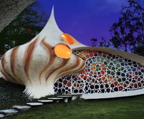 Senosiain shell house