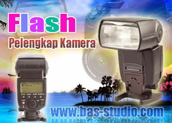 Flash Eksternal Pelengkap Kamera DSLR