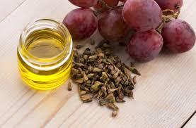 فوائد بذور العنب للجسم والتخسيس والبشره