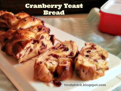 Cranberry Yeast Bread Recipe @ treatntrick.blogspot.com