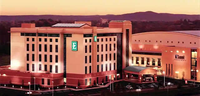 Book your Hot Springs, AR stay at Embassy Suites Hot Springs - Hotel & Spa. Enjoy two-roomsuites, complimentary breakfast, on-site spa and much more.