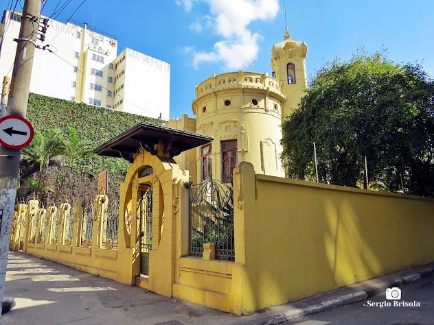 Vista lateral do Castelinho da Brigadeiro Luís Antonio - Bela Vista - São Paulo