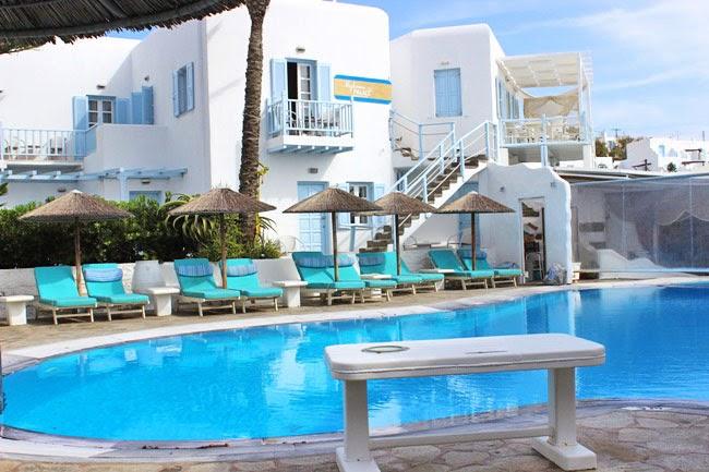 Mykonos palace hotel pool