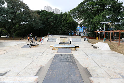 Pista de skate Street do Parque Chácara do Jockey