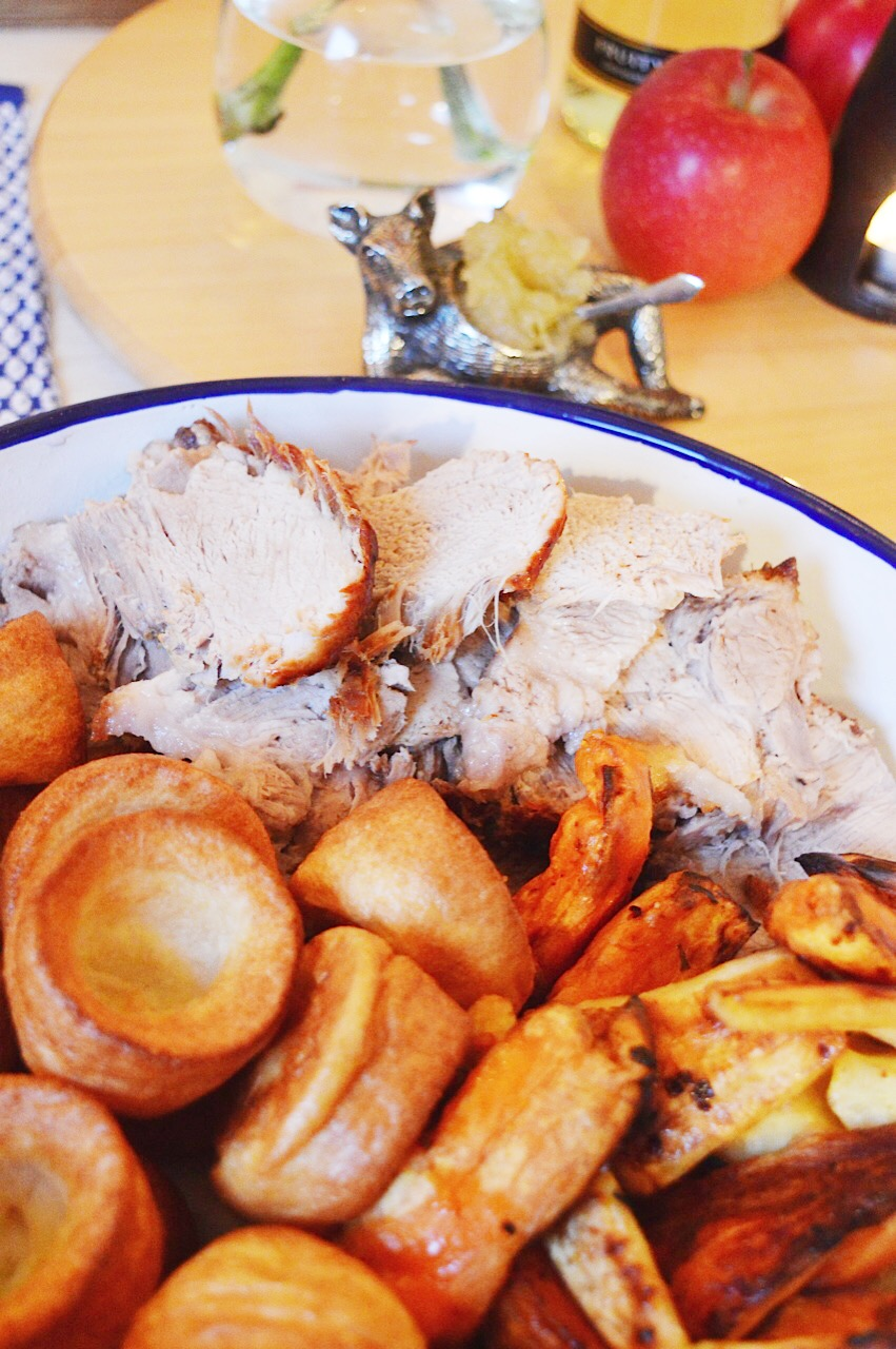 Pork roast recipe, homemade apple sauce recipe, Pink Lady Apples, lifestyle bloggers, UK lifestyle blog