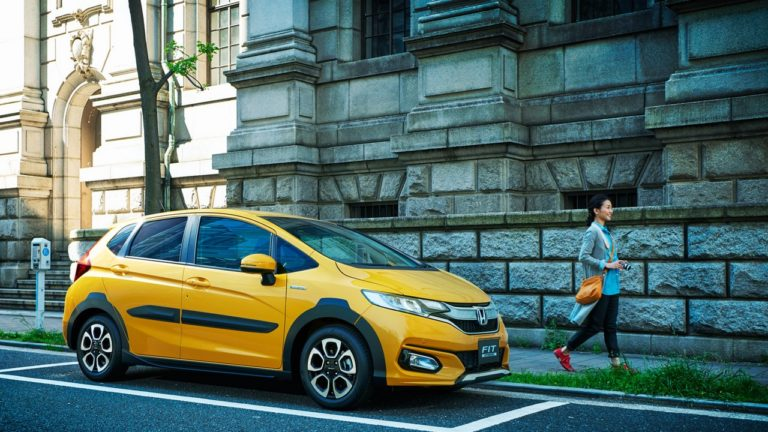 A Day After The Release Of Facelifted Honda Fit Company Introduced Cross Style In Country