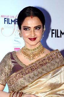 5 Peran Non-Glamor dimana Rekha menjadi Aktris