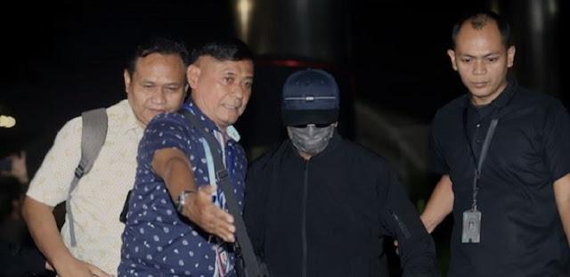 OTT KPK, Rommy Diperiksa tanpa Jeda Shalat Jumat, Sempat Ribut di Bank Jatim, Begini Kesaksian Saksi Mata