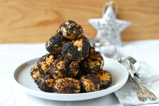 Hungarian Christmas Traditions.Makos Guba The Traditional Hungarian Christmas Dessert