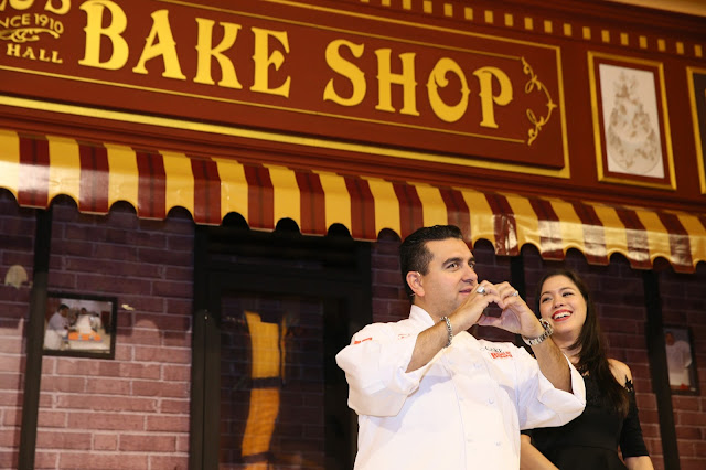 Buddy Valastro thanking his Malaysian Fans on stage