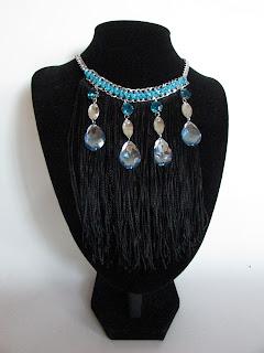 DIY collar con cadenas y flecos