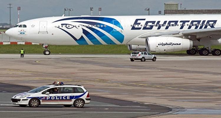 """صحيفة """"صاندي تايمز"""" تنفرد بنشر اللحظات الأخيرة لركاب الطائرة المصرية"""