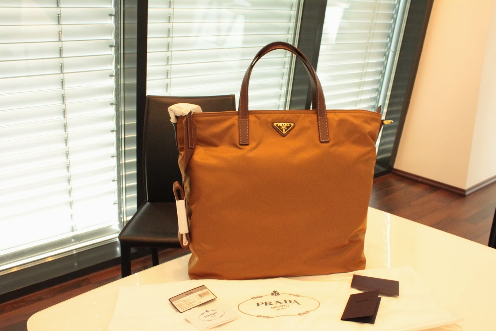 ... australia brand new authentic prada tessuto saffiano 2 way tote bag  bn2530 9f077 f0386 a35d4ef0395fa