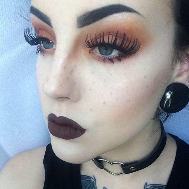 maquillaje palido