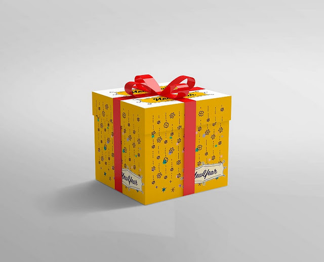 Mock Up Boxes : realistic-gift-box