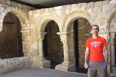 Claustro del monasterio de Sant Sebastia dels Gorgs