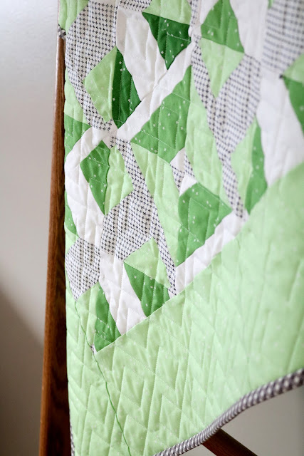 Knots and Crosses Quilt from Turnabout Patchwork book - quilt by Andy of A Bright Corner