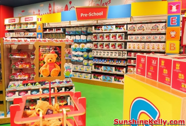 Hamleys Toy Shop In Malaysia , hamleys, toys store, toys, hamleys bear