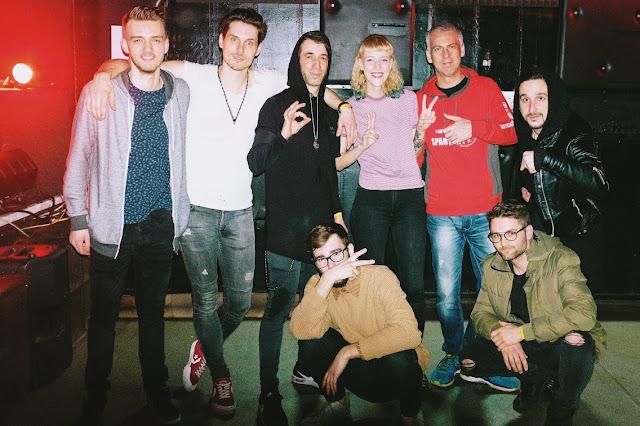 Kapela Family Friend podporila svojím koncertom v Trnave zoskupenie King Shaolin.