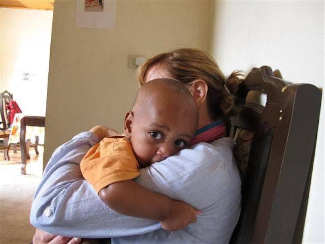 Αυτή είναι η πρώτη Ελληνίδα που υιοθέτησε παιδί από την Αιθιοπία!