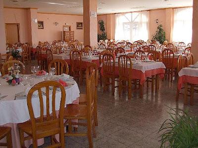 http://www.restauranterosildos.es/