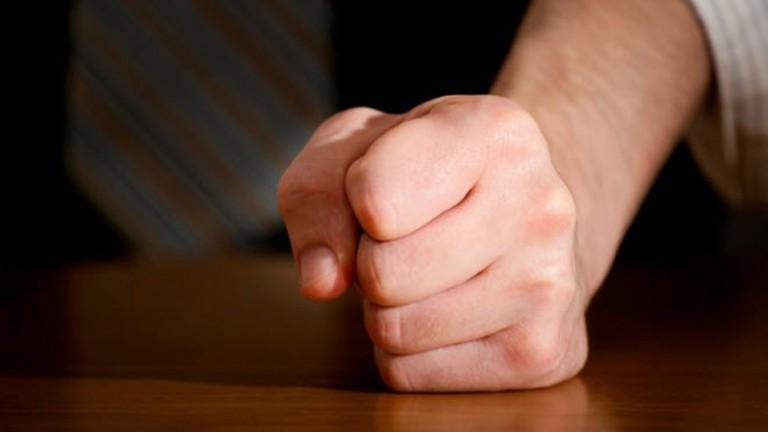 دراسة تخبرك بميعاد وفاتك من خلال قبضة اليد
