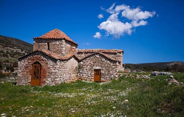 Νέα παρέμβαση Ανδριανού στη Βουλή για τα έργα αποκατάστασης της παλαιάς μονής Ταλαντίου στο Αραχναίο