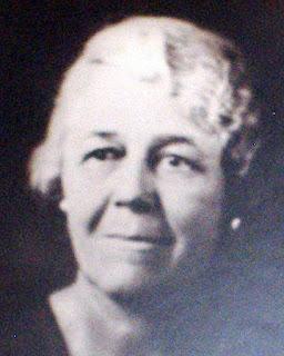 Annie Magnolia Walker Doyle, Kerrville teacher