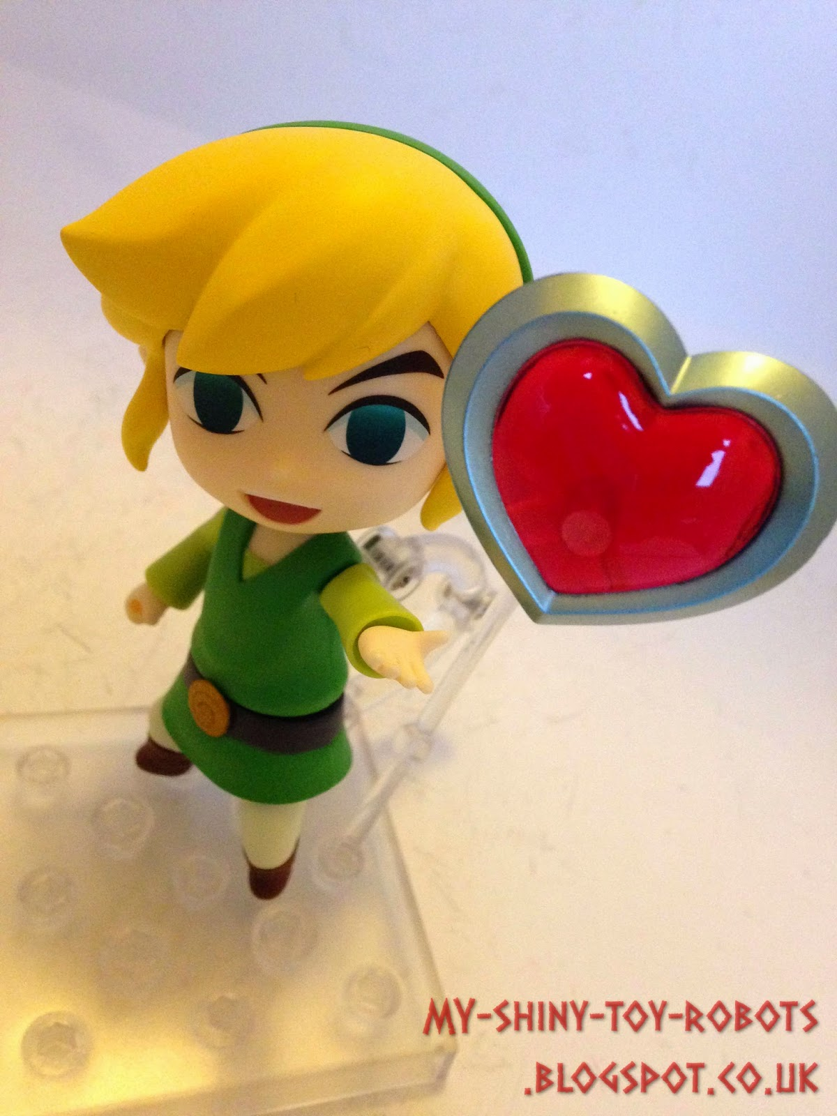 Link receives a heart container!